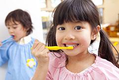 子供の歯磨きは